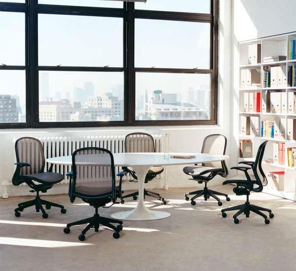 ALIVAR Saarinen TULIP tavolo ovale | DESIGN 4U STORE